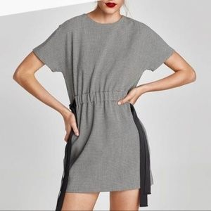 Zara Trafaluc | Houndstooth side bow mini dress